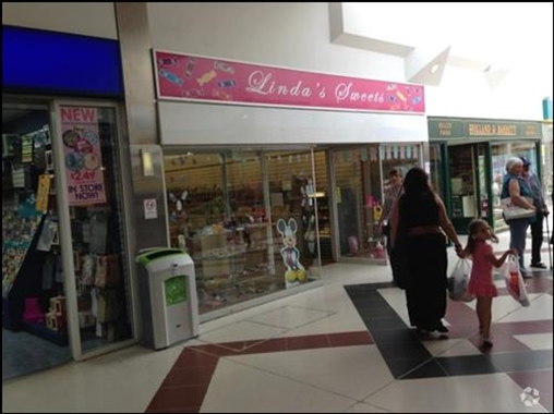 Bletchley, Unit 18, The Brunel Shopping Centre - 1,281 SF Shopping Centre