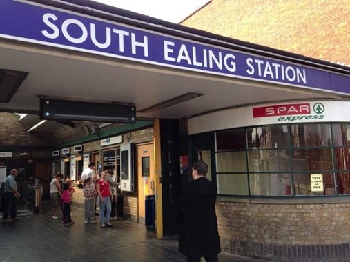 London, Shop 2, South Ealing Station - 84 SF Out of Town