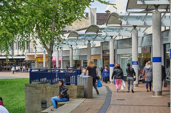 Find Retail Shops To Let And For Sale In The Uk Shopproperty