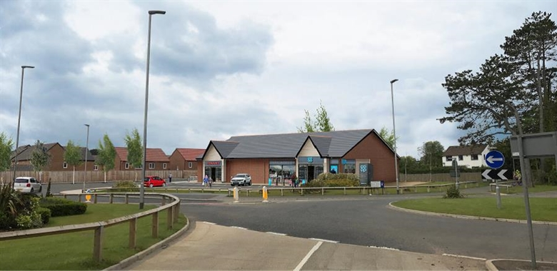 Morpeth, Great North Road - 1,500 SF Out of Town