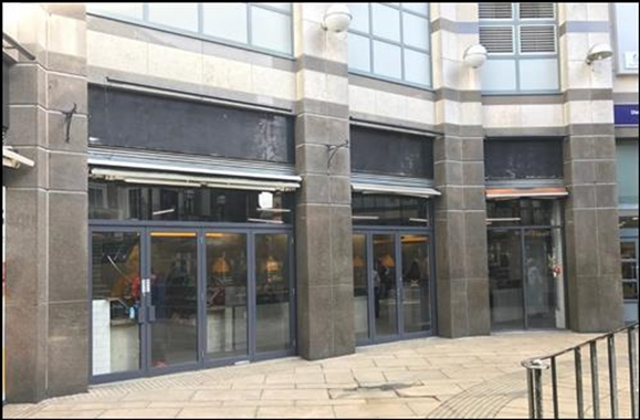 London, Unit 21-22b, Broadway Shopping Centre - 1,196 SF Shopping Centre
