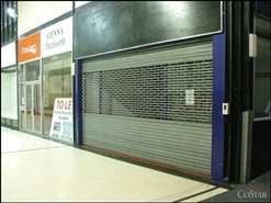 974 SF Shopping Centre Unit for Rent  |  Unit 45, Queens Square Shopping Centre, West Bromwich, B70 7NG