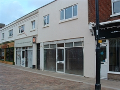 371 SF High Street Shop for Rent  |  8C Wells Place, Eastleigh, SO50 5PP