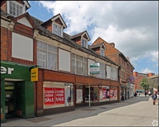 1,072 SF High Street Shop for Rent  |  17 White Hart Street, High Wycombe, HP11 2HL