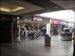 594 SF Shopping Centre Unit for Rent  |  71 Friargate, Grimsby, DN31 1QQ
