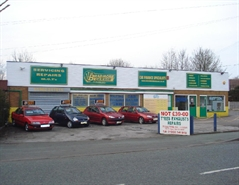 1,950 SF Out of Town Shop for Sale  |  Bradmore Garage, Trysull Road, Wolverhampton, WV3 7JF
