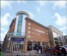 500 SF Shopping Centre Unit for Rent  |  Unit 4, The Swan Centre, Rugby, CV21 3EB