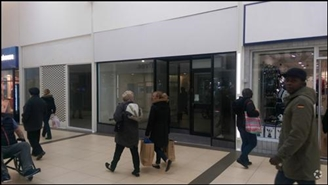 862 SF Shopping Centre Unit for Rent  |  Unit 2b, Queens Square Shopping Centre, West Bromwich, B70 7NG