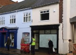825 SF High Street Shop for Rent  |  5 Queen Street, Barnstaple, EX32 8HG