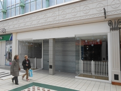 2,350 SF Shopping Centre Unit for Rent  |  Unit 29, The Mall, Camberley, GU15 3SL