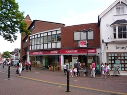 1,445 SF High Street Shop for Rent  |  16-18 High Street, Aylesbury, HP20 1SQ