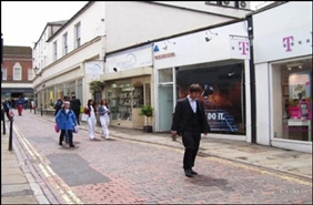 465 SF High Street Shop for Rent  |  5 Market Street, Guildford, GU1 4LB