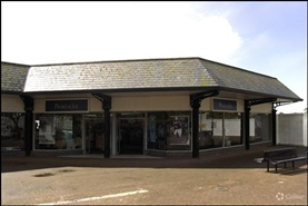 1,155 SF Shopping Centre Unit for Rent  |  Unit 4, St Austell, PL25 5YY