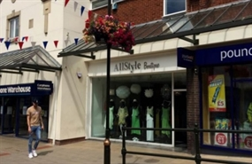 616 SF Shopping Centre Unit for Rent  |  19, Three Spires Shopping Centre, Lichfield, WS13 6NF