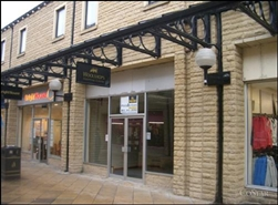 1,238 SF Shopping Centre Unit for Rent  |  UNIT 9, Woolshops Shopping Centre, Halifax, HX1 1RU