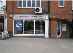 848 SF High Street Shop for Rent  |  19 Kingsbury Square, Aylesbury, HP20 2JA