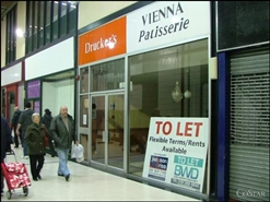 860 SF Shopping Centre Unit for Rent  |  Unit 44, Queens Square Shopping Centre, West Bromwich, B70 7NG