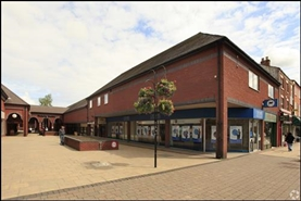 1,039 SF Shopping Centre Unit for Rent  |  Unit 3 Victoria Street, Crewe, CW1 2PU