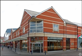 1,884 SF Shopping Centre Unit for Rent  |  The Parishes Shopping Centre, Scunthorpe, DN15 6RB