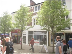 1,200 SF High Street Shop for Rent  |  32 Middle Street, Yeovil, BA20 1LY