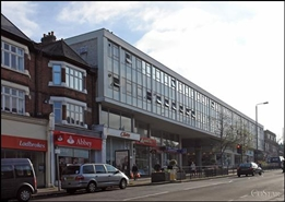 1,078 SF Shopping Centre Unit for Rent  |  Unit 40, Wallington Shopping Centre, Wallington, SM6 8RG