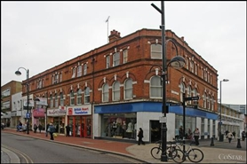 1,625 SF High Street Shop for Rent  |  170 High Street, Hounslow, TW3 1BQ