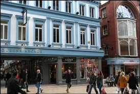 925 SF Shopping Centre Unit for Rent  |  Queens Arcade, Leeds, LS1 6LB