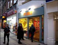 603 SF High Street Shop for Rent  |  34 Petty Cury, Cambridge, CB2 3NB