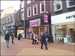 600 SF High Street Shop for Rent  |  43 Hope Street, Wrexham, LL11 1BB