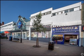 1,521 SF Shopping Centre Unit for Rent  |  38 Hagley Mall, Halesowen, B63 4AL