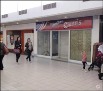 1,053 SF Shopping Centre Unit for Rent  |  Unit 5, Kingsgate Shopping Centre, Dunfermline, KY12 7QU