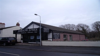 3,605 SF Out of Town Shop for Rent  |  Retail Showroom, St Asaph, LL17 0EF