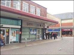 985 SF Shopping Centre Unit for Rent  |  29 Broadway, Accrington, BB5 1ES