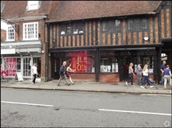 830 SF High Street Shop for Rent  |  Lion & Lamb Yard, Farnham, GU9 7HH