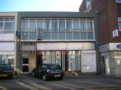 1,007 SF High Street Shop for Rent  |  40-41 Commercial Road, Swindon, SN1 5NU