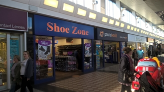 697 SF Shopping Centre Unit for Rent  |  Unit 21, Crossgates Shopping Centre, Leeds, LS15 8ET