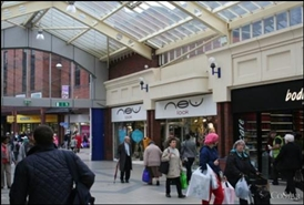 2,667 SF Shopping Centre Unit for Rent  |  Unit 5/6 College Walk, Rotherham, S60 1QB