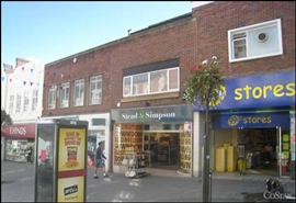 1,100 SF High Street Shop for Rent  |  20 Middle Street, Yeovil, BA20 1LY