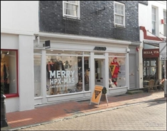 840 SF High Street Shop for Rent  |  23 Market Street, Brighton, BN1 1HH