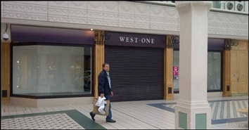 2,877 SF Shopping Centre Unit for Rent  |  Unit 8b, The Mall, Camberley, GU15 3SL