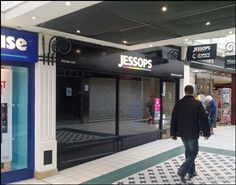 1,035 SF Shopping Centre Unit for Rent  |  The Mall, Camberley, GU15 3SL