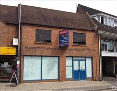 612 SF High Street Shop for Rent  |  Unit 1b, Stratford Upon Avon, CV37 6LF
