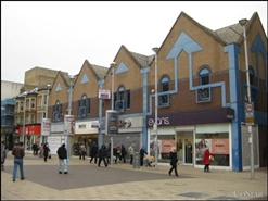 2,116 SF High Street Shop for Rent  |  173 High Road, Ilford, IG1 1DG