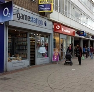 1,052 SF High Street Shop for Rent  |  222 Marlowes, Hemel Hempstead, HP1 1BJ