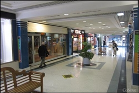 965 SF Shopping Centre Unit for Rent  |  Unit 76 (53), Osborn Mall, Fareham, PO16 0PW