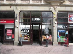 533 SF High Street Shop for Rent  |  97 Queen Street, Cardiff, CF10 2BG