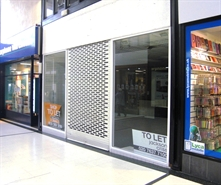 921 SF High Street Shop for Rent  |  2B Queens Square Shopping Centre, West Bromwich, B70 7NJ
