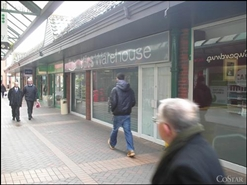 857 SF Shopping Centre Unit for Rent  |  Unit 13, Isaac Newton Shopping Centre, Grantham, NG32 2BY