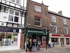 809 SF High Street Shop for Rent  |  2 Fishergate, Ripon, HG4 1DY
