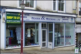 665 SF High Street Shop for Rent  |  83 Fore Street, Redruth, TR15 2BL
